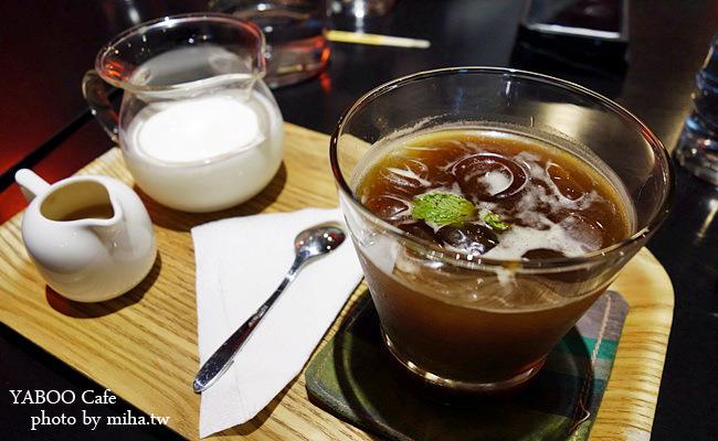 台北 ▌永康街小巷內的超棒咖啡館 :yaboo鴉埠咖啡,就像回到家一樣!(有wifi/插座/不限時)