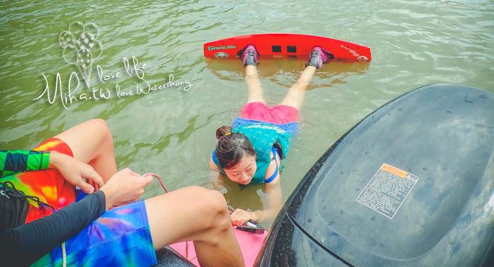 滑人部落 滑水