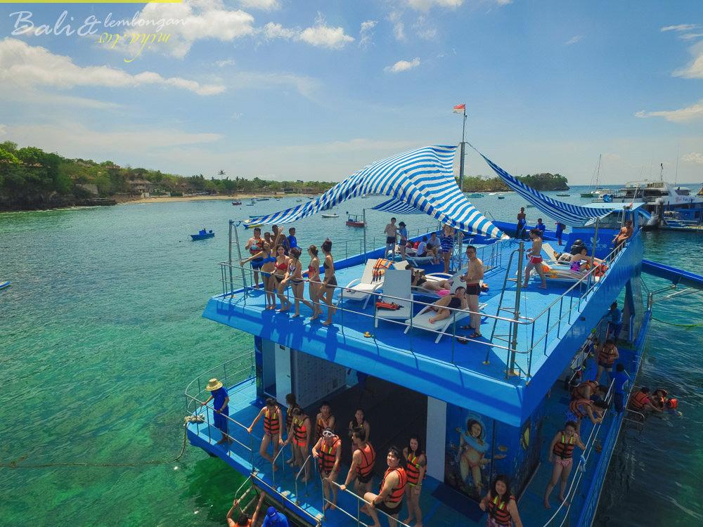 藍夢島水上平台俱樂部,藍夢島海底漫步,藍夢島浮潛,藍夢島飛碟船,藍夢島香蕉船,藍夢島玻璃船,峇里島自由行,峇里島住宿,峇里島行程,藍夢島一日遊,藍夢島住宿,藍夢島villa,藍夢島飯店,藍夢島餐廳