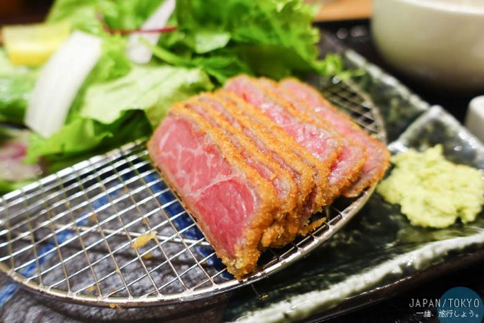 東京 ▌上野阿美橫町好好吃的炸和牛 牛かつあおな本店 一口氣點兩份超值得吃